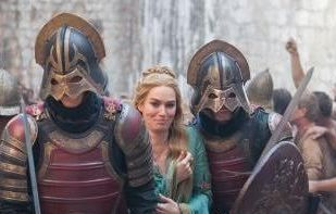 Cersei-and-Lannister-soldiers-cersei-lannister-29371288-338-533-crop