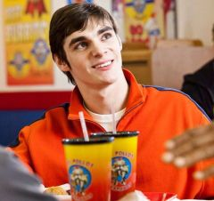 breaking-bad-walter-jr-rj-mitte