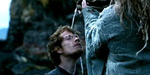Game-Of-Thrones-Theon-Baptism