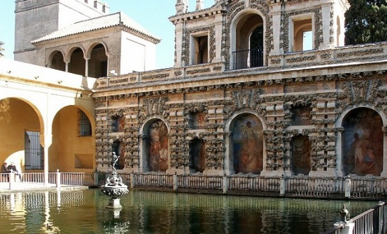 Alcazar-Water-Gardens