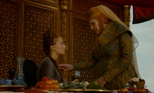Olenna_and_Sansa_2