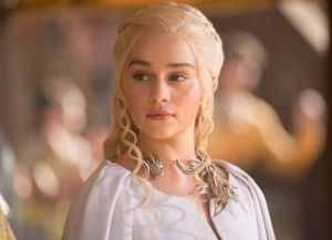 emilia-clarke-as-daenerys-targaryen-on-game-of-thrones