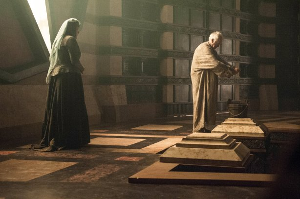 olenna-and-high-sparrow-house-tyrell-38591038-4498-2994