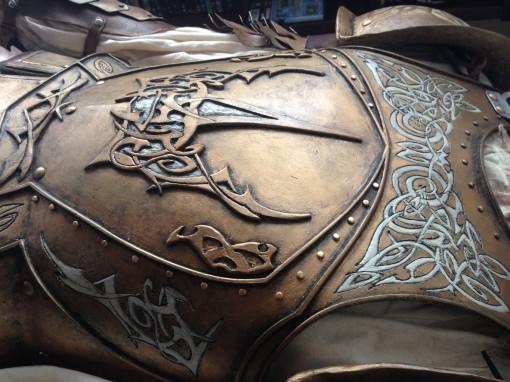 kingsguard_armor___detail_by_fuzzydrawings-d7qmsxz